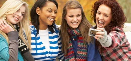 teens-who-have-strong-social-ties-may-have-better-sleep_16001150_54038_0_14092417_500